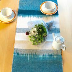 手織りリネン 絣柄センターテーブル 初夏のテーブルウエア