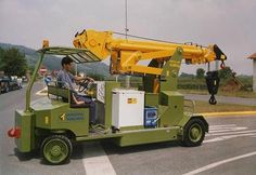Minidrel Gruniverpal, pojízdný jeřáb s max. Crane