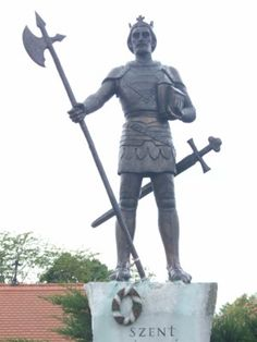 Somogyvar Abtei / Statue des heiligen König László