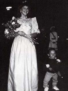 "Verne Troyer (you probably know his as Mini-Me from ""Austin Powers"") was prom king in high school, pretty cool."