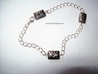 Samotnia     Majki                                                            : Eteryczna w kolorze srebra,cudownie prezentuje się...