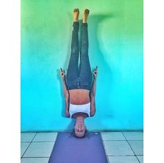 No handstand Pose » Yoga Pose Weekly
