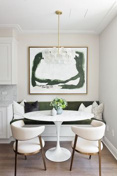 Dining Room Design, Dining Room Chairs, Dining Room Art, Dining Room With Bench, Modern Dining Rooms, Living Rooms, Dining Corner, Small Dining Area, Beautiful Dining Rooms