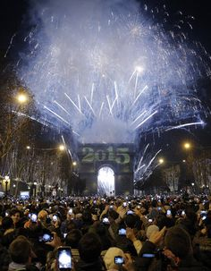 NEW YEAR 2015 in #Paris! (Watch The New Year's Eve Ball Drop In Times Square LIVE on this webcast that our family loves!)