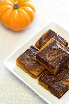Sarah Bakes Gluten Free Treats: guest post...gluten free vegan pumpkin swirled brownies