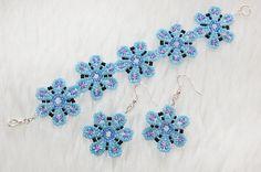 Light blue flower bracelet & earrings set by enlora on Etsy