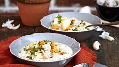 Helppo ja maukas jauhelihakeitto valmistetaan broilerinjauhelihasta sekä tuorejuustosta. Jauhelihakeitto maistuu koko perheelle.  Tämäkin resepti vain n. 1,85€/annos*.