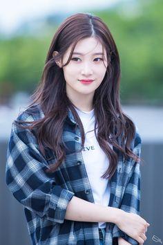 Char-yeon Jung (My First First Love) Iu Fashion, Asian Fashion, These Girls, Cute Girls, Korean Girl, Asian Girl, Jung Chaeyeon, Beauty Around The World, Korean Actresses