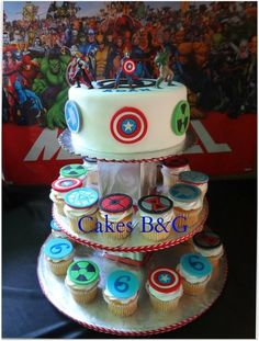 Avengers Cake and Cupcakes, I know a certain someone who would be ecstatic to get this as a birthday surprise
