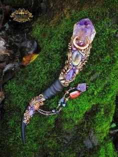 Magic Crystal Wand Amethyst Quartz Labradorite by SpinningCastle