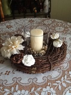 Wreath table centre with fabric flowers