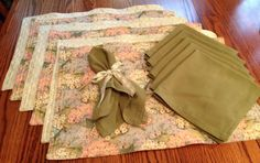 Place mats with linen napkins and bows  set by BlessingsandBabies