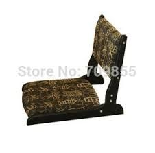 Image result for silla japonesa sin patas Living Room Chairs, Living Room Furniture, Washitsu, Cheap Chairs, Floor Chair, Asian, Traditional, Interior Design, Classic