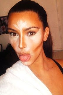 Flutter On By..: Kim Kardashian's Contouring With Emma Rose!