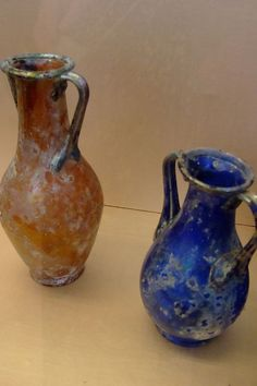 Beautiful example of 1st century CE Roman glass