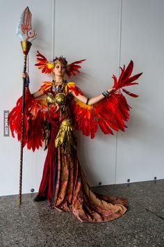 Handmade and original design phoenix costume by Crescent Crimson Dragon Costume Feu, Fire Costume, Dragon Costume, Dance Costume, Best Friend Halloween Costumes, Halloween Kostüm, Diy Costumes, Costumes For Women, Pheonix Costume