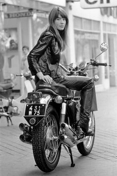 Street Style Before Street Style: Françoise Hardy