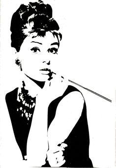 Amazon.com: Audrey Hepburn Breakfast at Tiffany\'s Silhouette ...