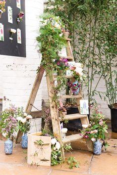 El elemento imprescindible para tu boda: escaleras de madera