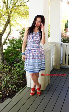 This dress is nice. Looks comfortable, like the style, print and colors.