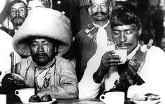 Una de las proezas culminantes de la Revolución mexicana fue que las meseras les sirvieran café en la barra a los zapatistas de 1914, igual que se lo servían a los hacendados a quienes los 'pelados' acababan de despojar de sus haciendas: Elena Poniatowska