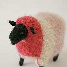 I love this sheep!  Jennifer?Sheep ?12,600 ????