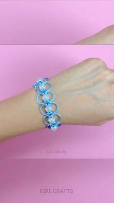 Diy Crafts To Do, Diy Crafts Jewelry, Bracelet Crafts, Fun Crafts For Kids, Diy Bracelets Patterns, Diy Friendship Bracelets Patterns, Diy Bracelets Easy, Bracelet Tutorial, Diy For Teens
