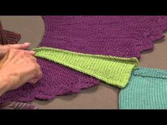 Mastering Short-Rows - Knitting Daily - Knitting Daily [Still not good at this technique, but this video & the pics may really help! Knitting Short Rows, Knitting Daily, Knitting Help, Knitting Videos, Knitting Paterns, Crochet Stitches Patterns, Loom Knitting, Knitting Projects, Hand Knitting