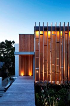Brown Vujcich House by Pete Bossley Architects Ltd.