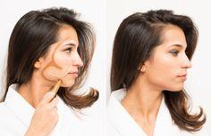Dessinez la première ligne au-dessus de votre sourcil. La ligne du milieu au-dessus de votre pommette. Et la dernière juste au-dessus de votre mâchoire.    Pour tracer le contour de votre visage, dessinez un autre « 3 » à l'envers (c'est-à-dire en forme de « E ») avec un anticerne de deux teintes plus sombres que votre peau. Tracez la ligne supérieure sur votre tempe. La ligne du milieu juste en-dessous de vos pommettes. Et la troisième sous votre mâchoire.