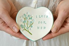 A beautiful ceramic ring dish with imprinted flowers; a great way of telling your mum or mother-in-law how much you appreciate her! Would make a lovely