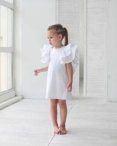 561 отметок «Нравится», 4 комментариев — miko | concept kids wear (@miko_kids) в Instagram: «Платье для самых важных событий должно быть именно таким...простым и лаконичным и обязательно с…»