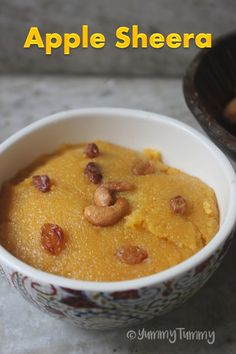 This delicious apple sheera or apple sooji kesari is so easy to make and taste so amazing. This is perfect for diwali or any festival. Indian Dessert Recipes, Indian Sweets, Sweets Recipes, Baby Food Recipes, Snack Recipes, Cooking Recipes, Apple Recipes Indian, Indian Food Recipes Easy, Veg Recipes Of India
