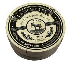 Camembert; fabrique en Normandie