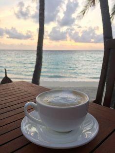 Coffee Photos, Coffee Pictures, Good Morning Coffee, Coffee Break, Coffee Cafe, Coffee Shop, Espresso Coffee, Coffee Lovers, Iced Coffee