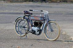 1911-Harley-Davidson-7D-Twin.jpg 1,500×996 pixels