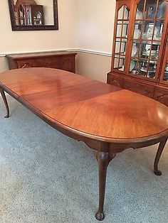 THOMASVILLE Collectors Cherry 108 Oval Queen Anne Dining