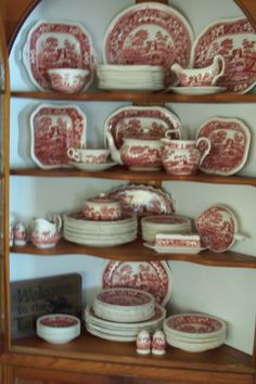 This was the pattern for my great grandmother's china.now my mother has the whole set and uses it regularly! Antique Dishes, Vintage Dishes, Blue And White China, Red And White, Red Dinnerware, French Country Dining Room, Tablewares, Red Cottage, Italian Pottery