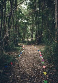 diy paper hearts wedding walkway ideas for woodland weddings
