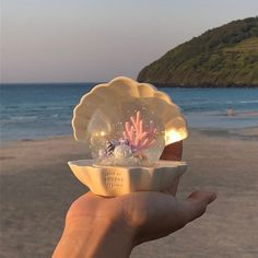 Winter Christmas Gifts, Sea And Ocean, Snowball, Aesthetic Pictures, Aesthetic Wallpapers, Sea Shells, Snow Globes, Decorative Bowls, Room Decor