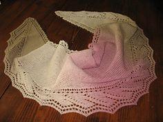 Ravelry: From Dawn Till Dusk shawlette / scarf pattern by Tetiana Otruta - Gebreide sjaal met gratis patroon