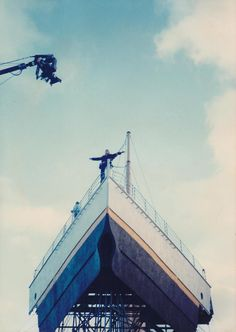 """""""Titanic"""", behind the scenes. Making of the flying scene."""