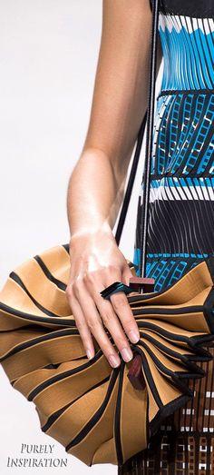 Issey Miyake SS2017 Women's Fashion RTW   Purely Inspiration:
