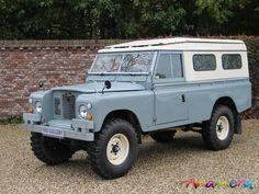 "1971 Land Rover 109 ""1 Ton"" Series II"