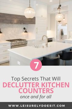 Here are some kitchen counter organization ideas. These tips will help you keep your countertops clutter-free whether you have a large or small kitchen. Kitchen Tops, Diy Kitchen, Awesome Kitchen, Kitchen Cleaning, Kitchen Reno, Cleaning Tips, Kitchen Ideas, Declutter Your Home, Organizing Your Home