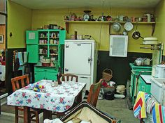 A 1940s kitchen - bright green paint!
