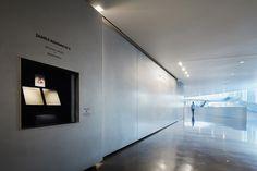 Gallery of The University of Kansas DeBruce Center / Gould Evans - 13