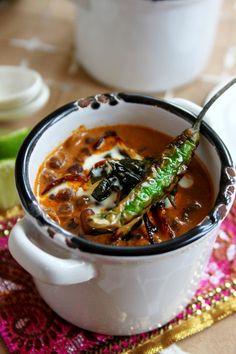 My favorite Indian dish --> Daal Makhani Recipe Indian Food Recipes, Asian Recipes, Vegetarian Recipes, Cooking Recipes, Ethnic Recipes, Makhani Recipes, Good Food, Yummy Food, Desi Food