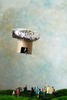 Balloon Boy Diorama by Diastema