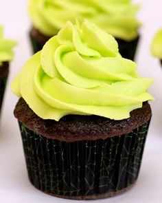 Glow-in-the-dark cupcakes